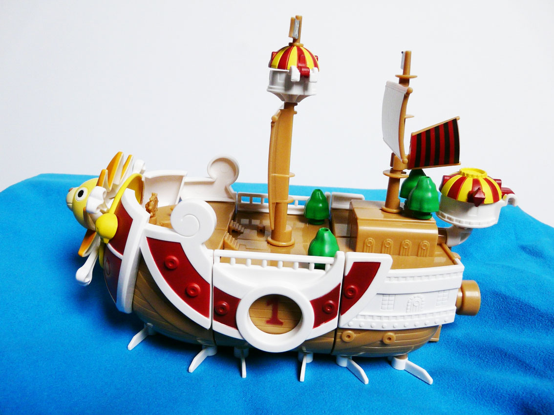 figurine one piece bateau. Black Bedroom Furniture Sets. Home Design Ideas